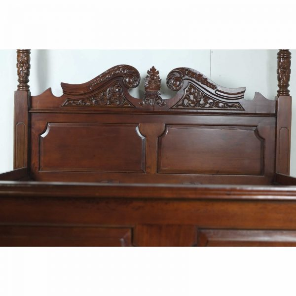 Classic mahogany four poster bed