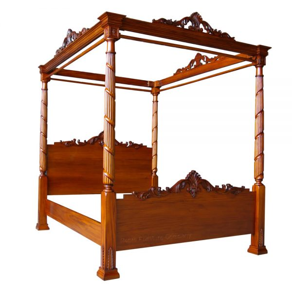 Lincoln Four Poster Bed Front